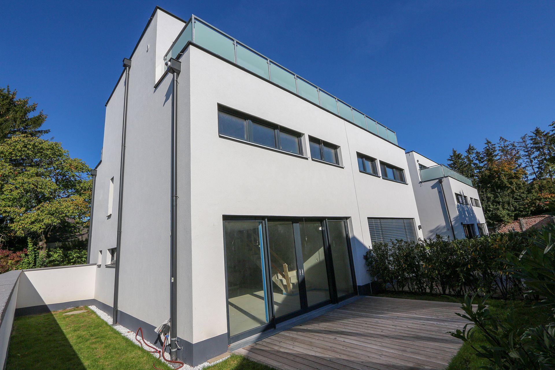 Terrassenansicht von Reihenhaus Oberwaltersdorf, Niederösterreich